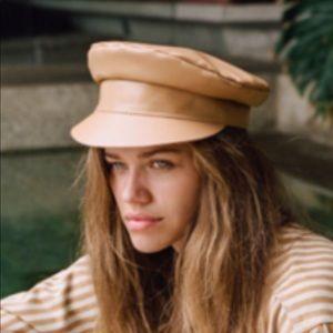 RArE  Lackof Color leather cap